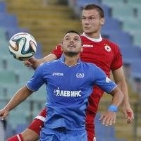 Денис Причиненко подписа с ЦСКА до 2017 г.