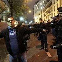 Фенове на Панатинайкос се млатят с полицията