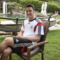 Йозил: Германия трябва да стане световен шампион