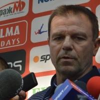 Стойчо качи 20 играчи на автобуса за Пловдив