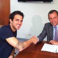 Край! Фабрегас подписа с Барселона за 5 г.