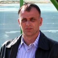 Тони Здравков пак ще спасява Ботев (Вр)