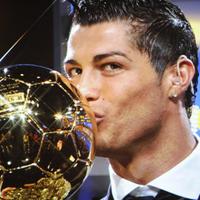 "Бруно Алвеш подкрепи Роналдо за ""Златната топка"""