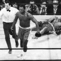 Най-великият боксьор влезе в болница