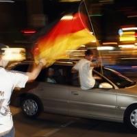 Германия купила Мондиал 2006 с ракетни гранати