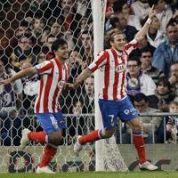 Легенда на Барселона ще спасява Атлетико (М)