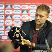 Михайлов награди Стилиян от името на УЕФА