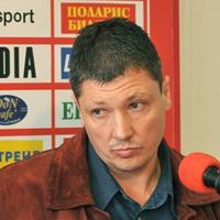 Любо Пенев ще гони македонеца Николич