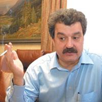 Събранието в Левски почна без Тодор Батков