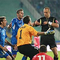 Батков: Има футболна мафия в България