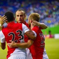 Магичният Бербатов поведе победно Монако в Шампионската лига