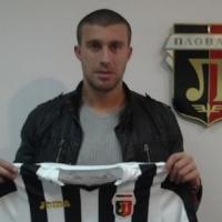 Мартин Сечков подписа с Локомотив Пловдив