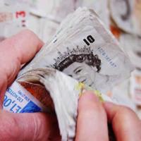 Ливърпул печели по 50 000 паунда на ден от Марио Балотели
