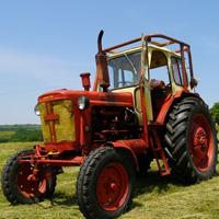 Беларуски трактористи тормозят Левски