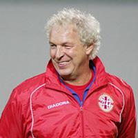 Клаус Топмьолер поиска националния отбор на България