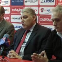 Чакмаков очаква среща с Венгер и обмисля опциите с фалит на ЦСКА