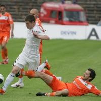 Теута направи 0:0 с Любимец и почна да харчи пари на пазар