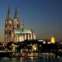 Подолски отсвири катедралата в Милано