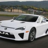 Lexus представи официално  суперспортния  LFA