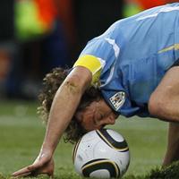 Форлан отряза Уругвай заради брат си