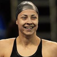 Катя Аврамова счупи рекорда на 200 м гръб
