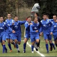 10 юноши от школата започват с Левски