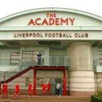 Проблеми застигнаха обучаваните в Ливърпул