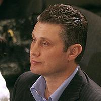 Освободиха Костадин Хаджииванов