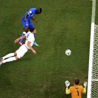 Италия не блесна, но заслужи 2:1 над Англия