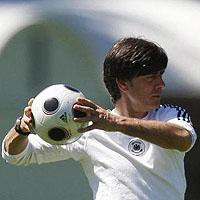 Германия отмени мача с Чили заради Енке