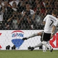 Новата звезда на Германия блесна - 3:2 срещу Бразилия