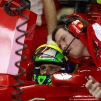 Фелипе Маса остава във Ферари и през 2012 г.
