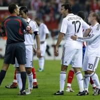 Реал (М) пуска жалба за картона на Ван Нистелрой