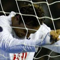 Бербатов не се радва на гола срещу Леверкузен (ВИДЕО - АРХИВ)