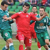 ЦСКА не пуска Чипев да тренира, халфът е обиден на Пенев