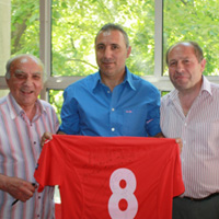 Стоичков прави златно дарение на ЦСКА