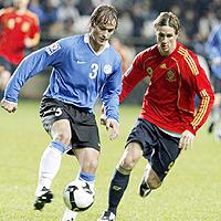 Испанците подобряват рекорди срещу Естония