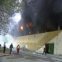 Заради мърлячи изгоря залата в Ботевград