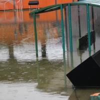 Пороен дъжд отложи Литекс - Верис