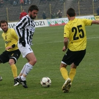 Бивш национал на проби в 6 лига в Германия
