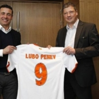 Любо Пенев се срещна с президента на Валенсия