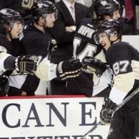 Кросби се върна в НХЛ с два гола след комоцио