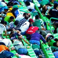Стрелба по полицаи прекрати мач в Мексико
