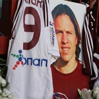 Антонио Де Нигрис умря на 31 от сърдечен удар