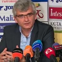 Воят за обединение в ЦСКА е препратка към бай Тъп, в интерес на баровците