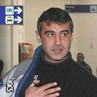 """Сашо Ангелов се качи на автобуса за """"Свети Петър"""""""
