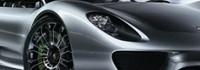 Porsche със суперкола в Детройт