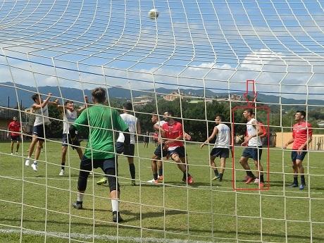 Алекс участва игра с първия отбор на Козенца